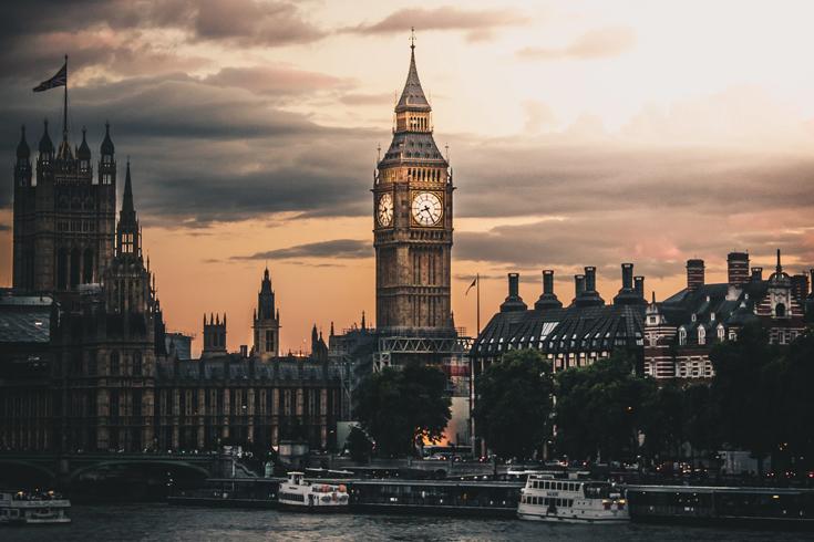 Wielka Brytania zamyka się i wprowadza pełny lockdown